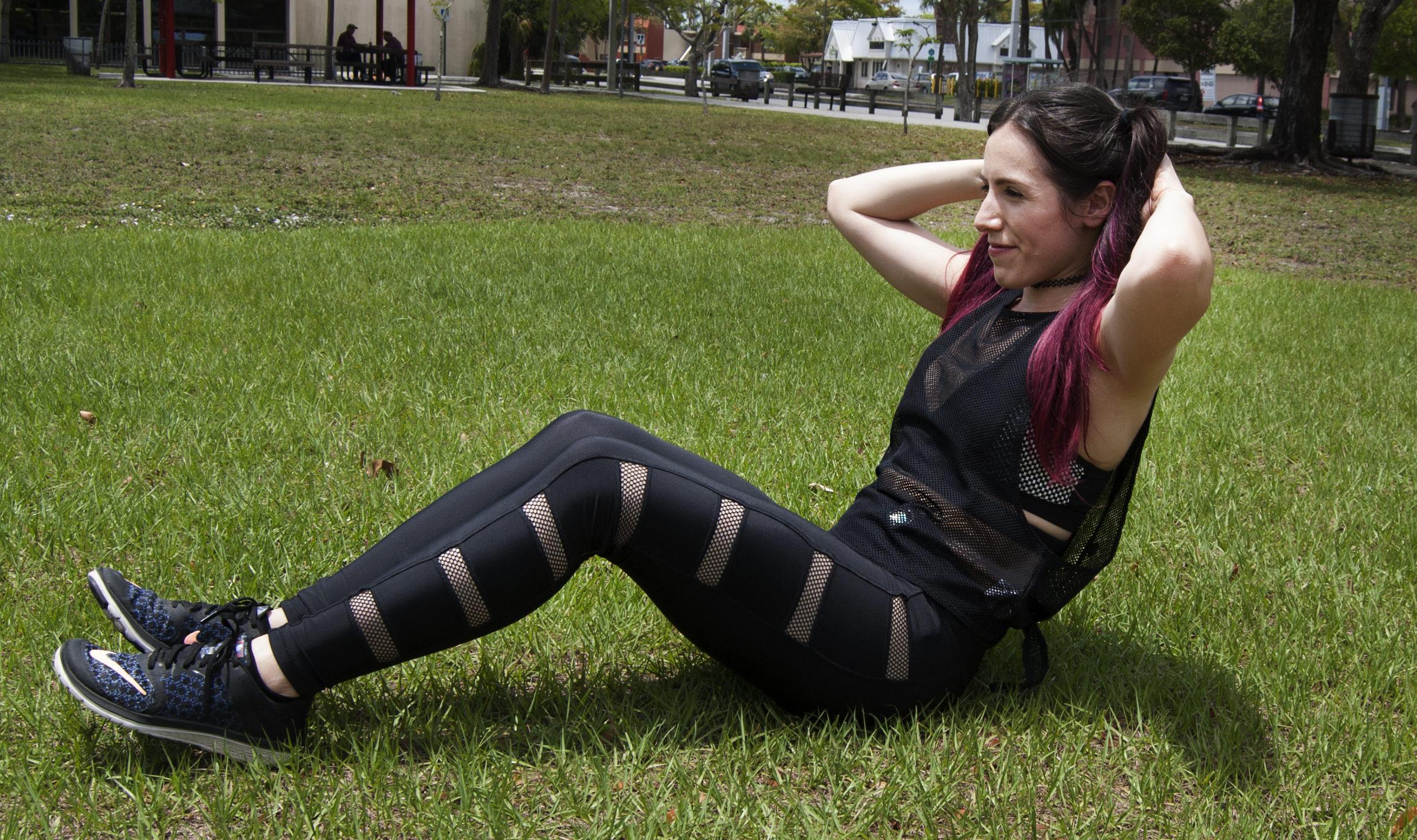 girl sit-ups